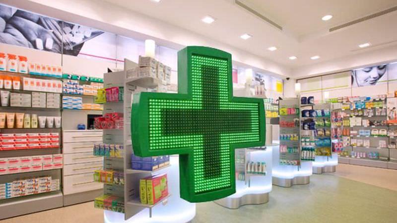 Propunere - Românii ar putea să fie testați anti-Covid în farmacii