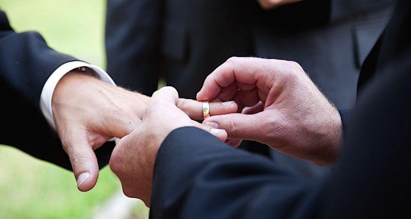 Un cuplu gay a dat în judecată România la CEDO